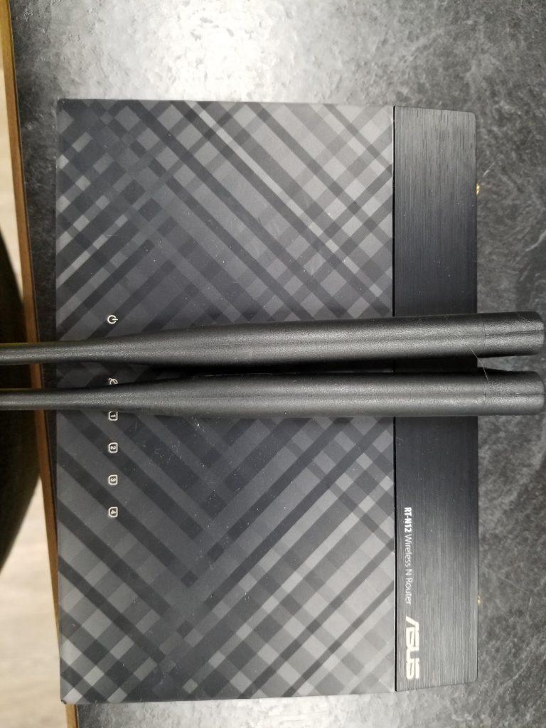 ASUS RT-N12 300 Mbps 4-Port 10/100