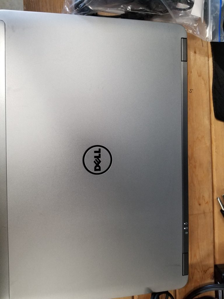 DELL LATITUDE E6440 i5-4210M 2.6GHz 8GB DDR3  500GB SATA  Windows 10